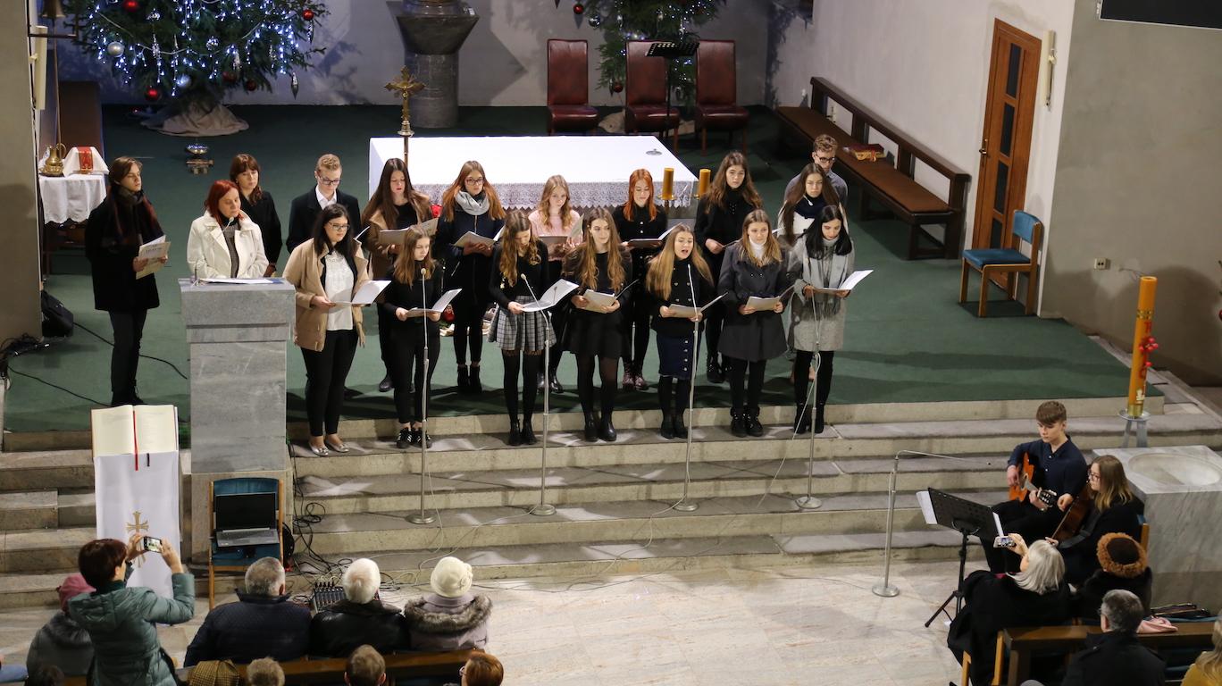 Koncert Wigilijny Uczniów LO w Bogatyni rok 2020